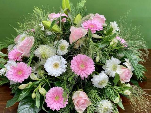 Coussin rond de fleurs