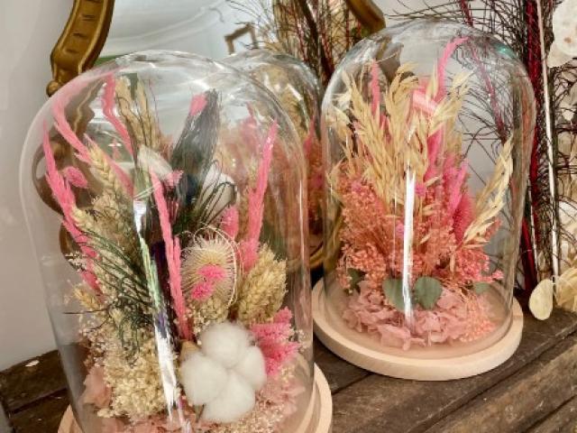 Cloches  de fleurs séchées